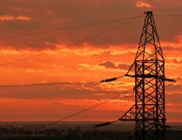 Uzyskanie statusu odbiorcy przemysłowego – co dalej? Rozpoczęcie negocjacji zesprzedawcą energii – renegocjacja umów sprzedaży energii elektrycznej przez odbiorcę przemysłowego.